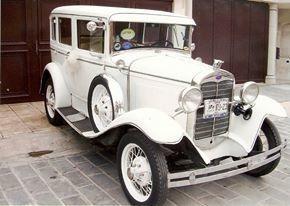 renta de autos de lujo, clasicos y limusinas