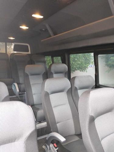 renta de autos y camionetas con chofer hasta 20  pasajeros