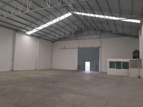 renta de bodega, 1000 m2, vw, patio de maniobras