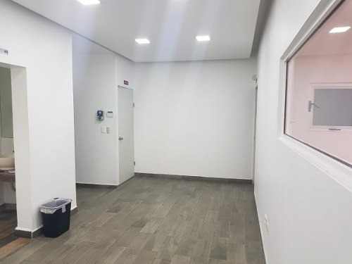 renta de bodega en san jeronimo con oficinas y estacionamien