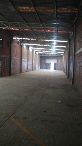 renta de bodega industrial atrás de home depot