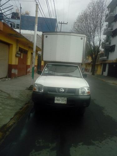 renta de camioneta caja seca con chofer