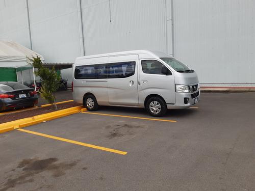 renta de camioneta con chofer 12  y  15 pasajeros