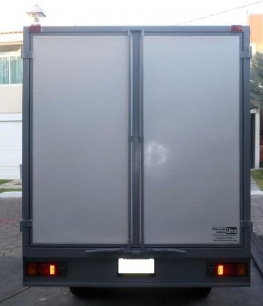 renta de camioneta de carga con chofer nissan np300