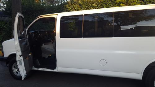 renta de camionetas 12 pasajeros df