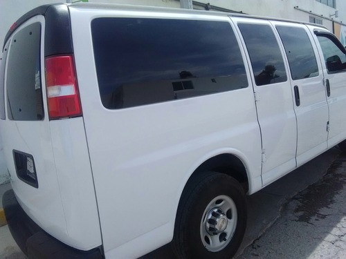 renta de camionetas 7 8 12 15 pasajeros c/s chofer df cdmx