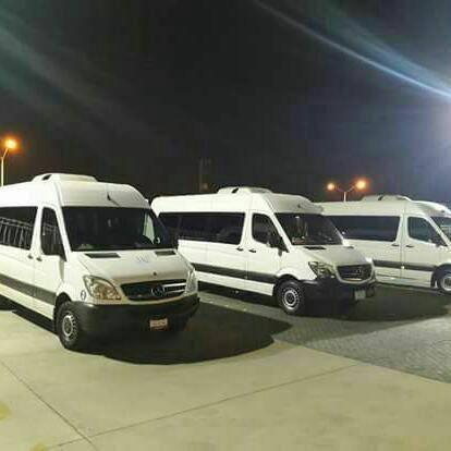renta de camionetas  con chofer 20 y 13 pasajeros
