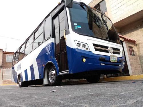 renta de camionetas de lujo turismo minibus autobús