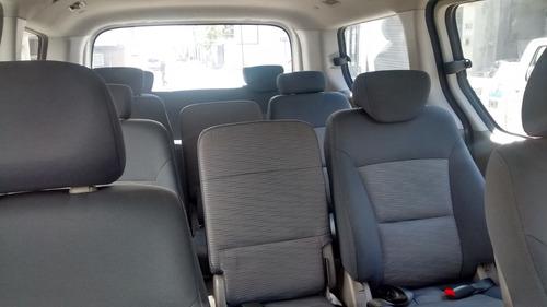 renta de camionetas hiace de 15 y de 12 pasajeros