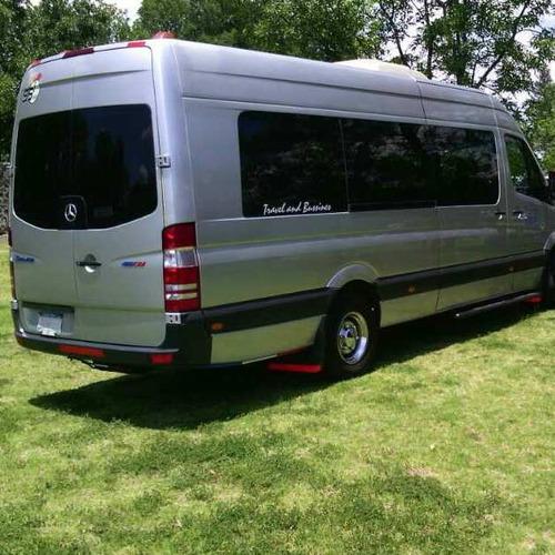 renta de camionetas toyota y sprinter minibus y autobús