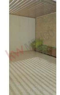 renta de casa en condominio con alberca y seguridad valle de juriquilla