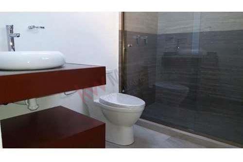 renta de casa  en privada lomas del pedregal con vigilancia las 24hrs