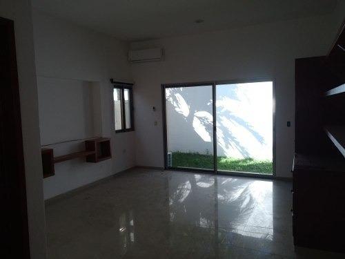 renta de casa en residencial las cumbres