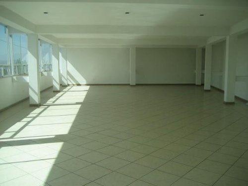 renta de edificio comercial