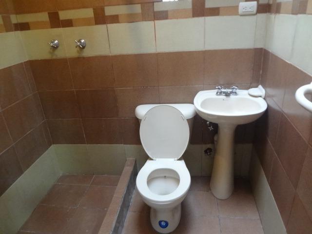 renta      de     habitacion    para    persona   sola