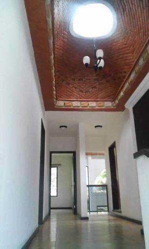 renta de hermosa residencia en lomas de cortes cuernavaca