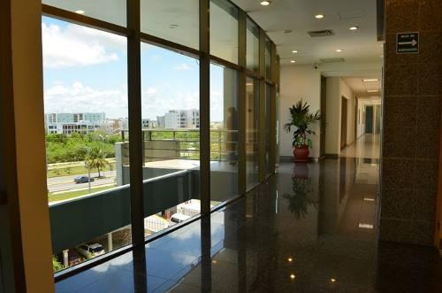 renta de hermoso corporativo (bien ubicado) a 372 x m2