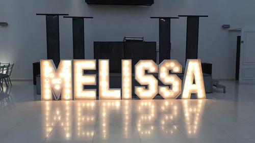 renta de letras gigantes con luz 1.20m bodas vx años eventos