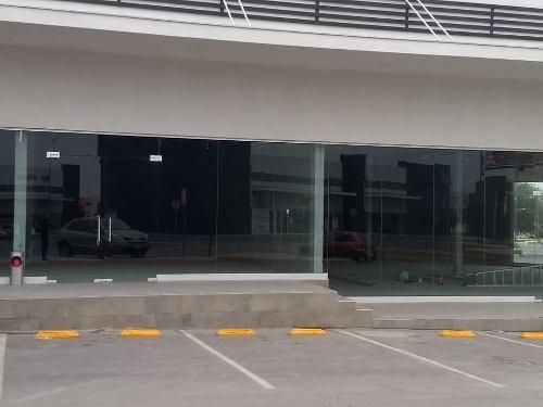 renta de local comercial plaza nia nogales zona salinas victoria