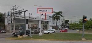 renta de locales en av yaxchilan cancún 144m2