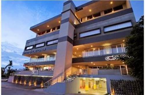renta de magnificas oficinas corporativas. plaza vía en cancún