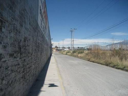 renta de nave industrial, avenida principal
