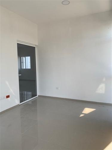 renta de nuevas bodegas de 600 m2 en dzitya