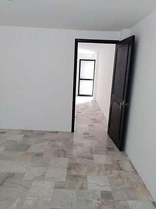renta de oficina en álamos 3ra secc. frente a la laborcilla 42 m2  $10,000.00