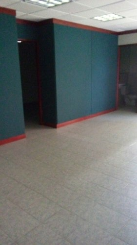 renta de oficina en av. real de lomas primer piso