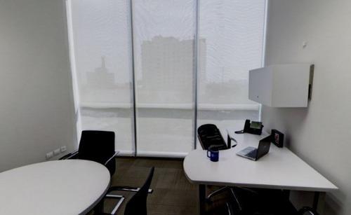 renta de oficina equipada en forum naucalpan para 15-20 personas.