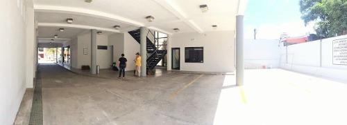 renta de oficina =plaza antares=