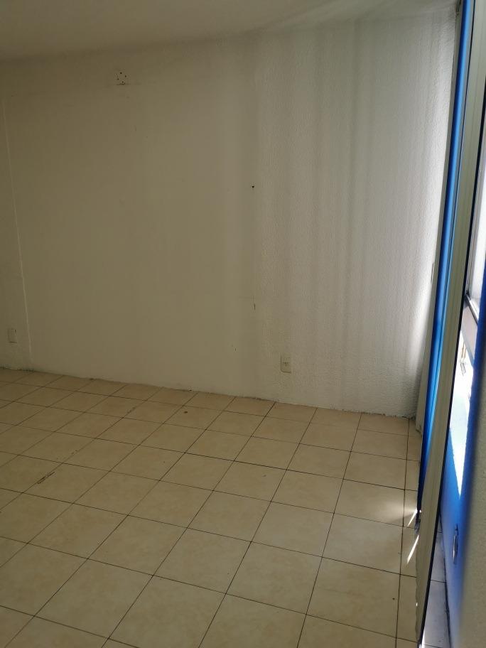 renta de oficinas 16 mt2 más baño propio