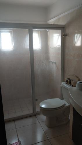 renta de recámara con baño independiente