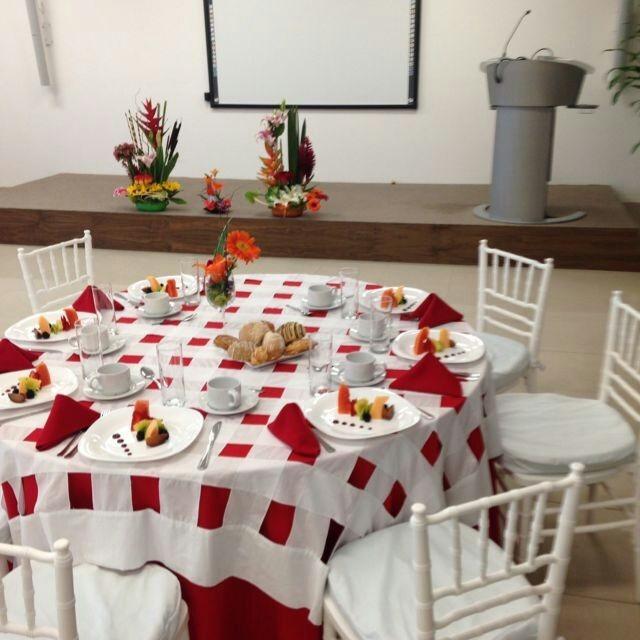 Renta de sillas y mesas en mercado libre for Mercado libre mesas y sillas