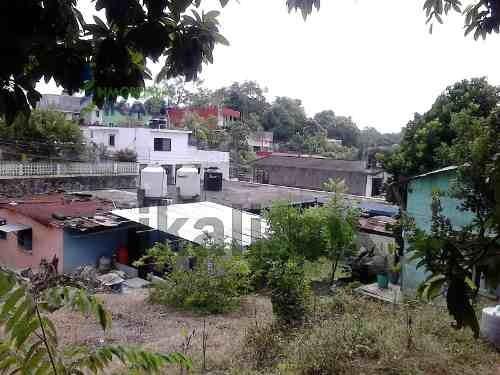 renta de terreno comercial en la colonia escudero de tuxpan, veracruz, cuenta con 416.14 m², se encuentra ubicado en la calle 2da de emiliano zapata esquina con calle puebla, son 14.325 m de frente p
