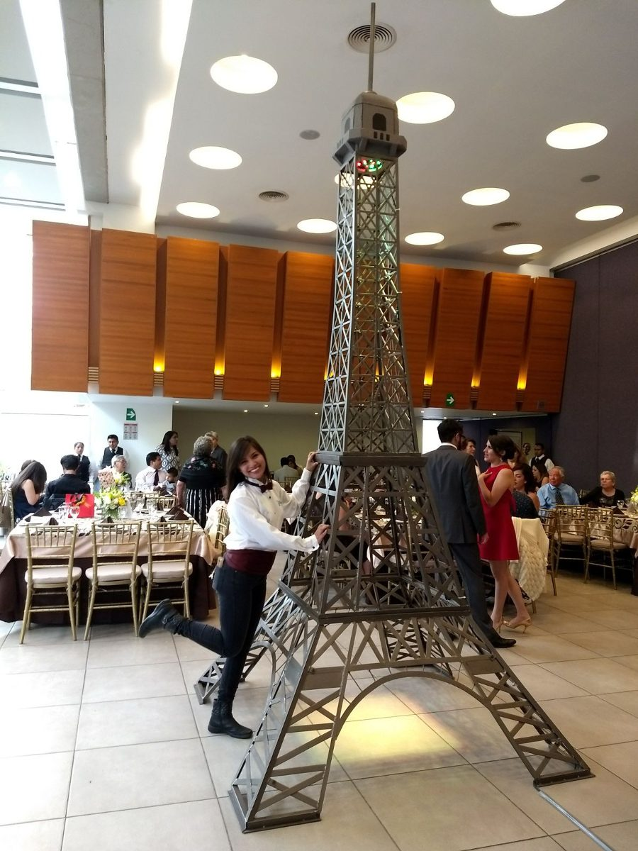 Renta de torre eiffel para eventos fiestas xv a os en - Salones de torres ...