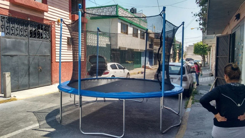renta de trampolines a un excelente precio todo el dia