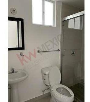 renta departamento privalia queretaro 2 habitaciones privada con areas verdes y de juegos 7500