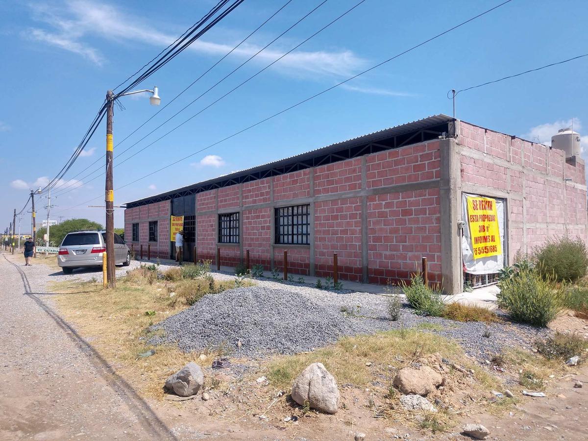 renta local comercial tequisquiapan esq en av prienidacipal