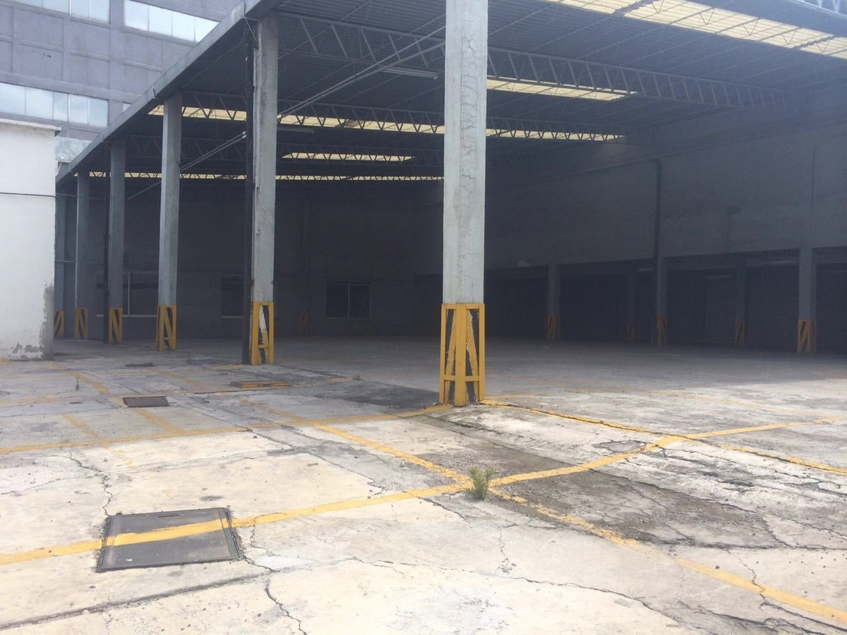 renta local en av. vía morelos km 11,5, parque industrial xalostoc, ecatepec.