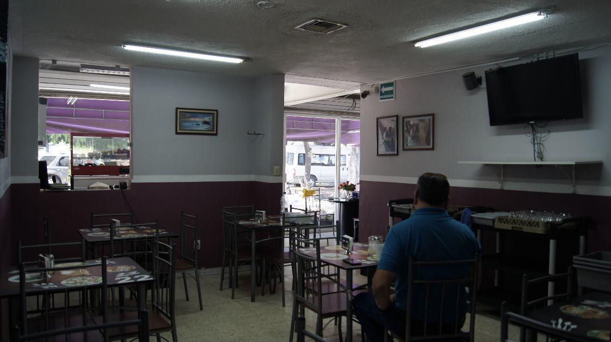 renta local ideal para restaurante a 500 mts de 5 de febrero en zona industrial