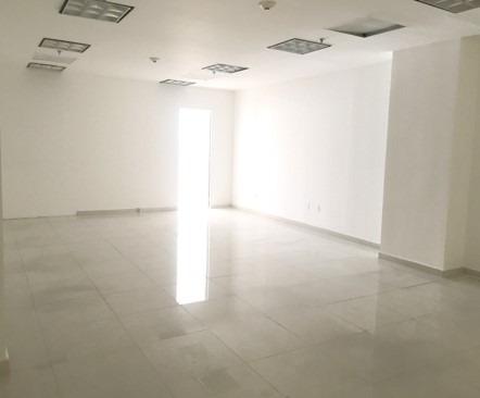 renta oficina en el centro de interlomas