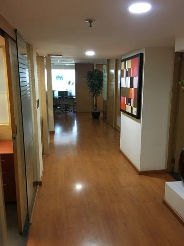 renta oficina wtc con servicios incluídos