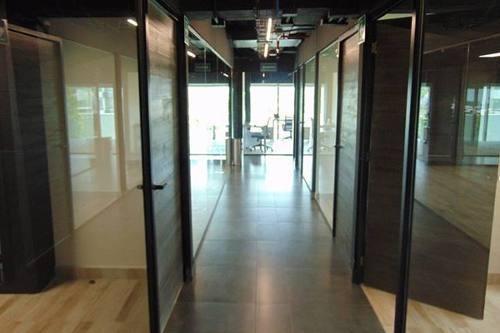 renta oficinas amuebladas desde 7m2