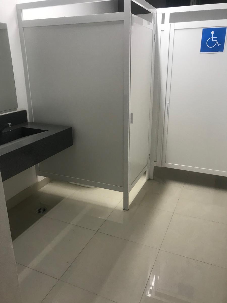 renta oficinas en edificio tres29