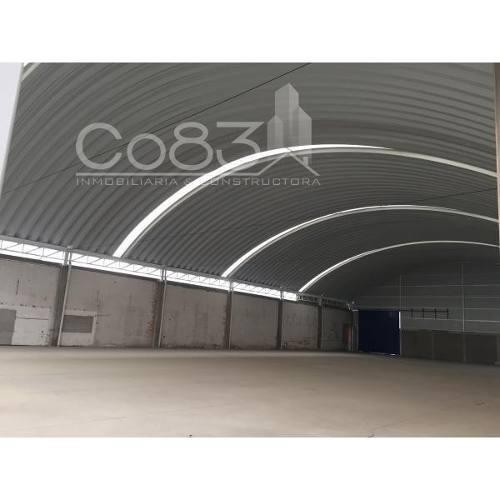 renta - plaza comercial - montevideo - 1,000m2 - $400,000