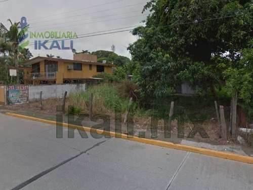 renta terreno 623 m² frente al río tuxpan veracruz. ubicado sobre el bulevar manuel maples arce #203 de la colonia ruiz cortines, excelente ubicación con una maravillosa vista al río pantepec, la zon