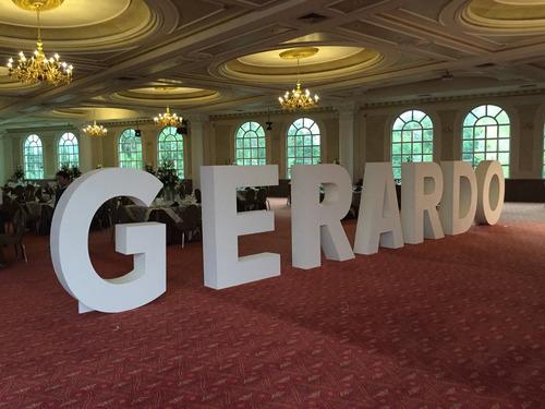 renta y venta de letras gigantes para todo tipo de eventos