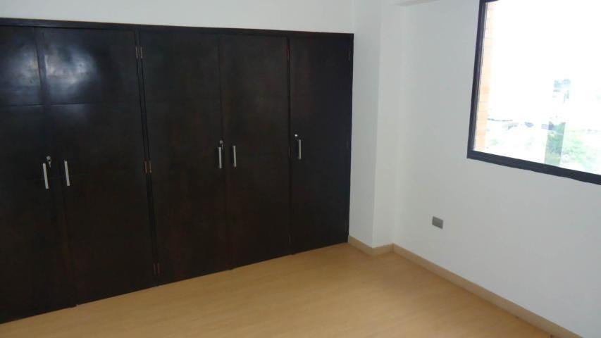 rentahouse lara vende apartamento 20-2144