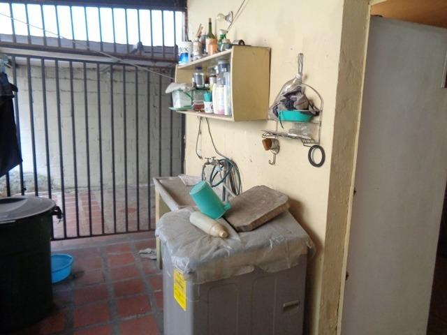 rentahouse lara vende local comercial en acarigua centro